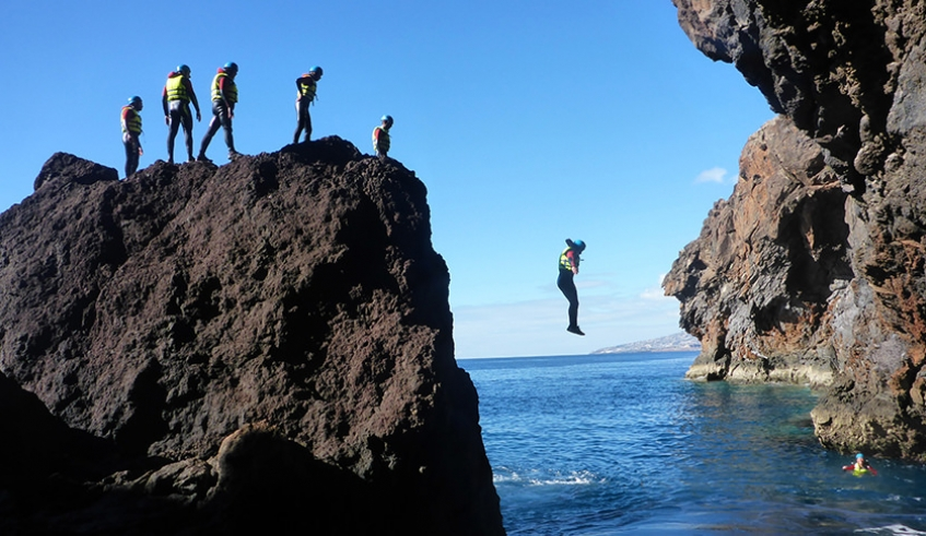 Coasteering Jumps - Madeira